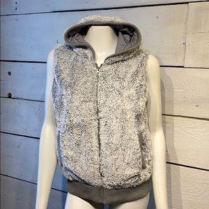 Patagonia conejo furry vest gray size medium